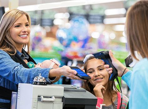 Bezahl Apps fürs Smartphone erleichtern das Einkaufen