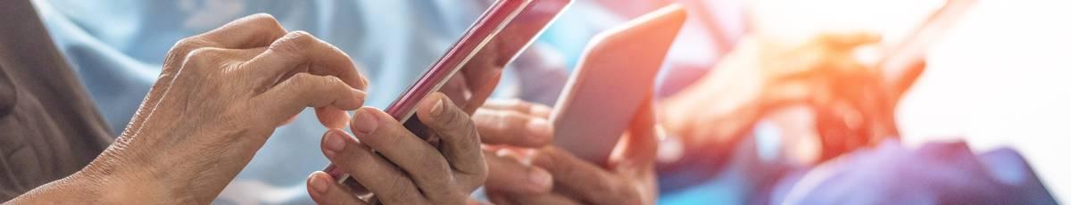 Seniorenhandy: Die besten Smartphones 2020 im Test