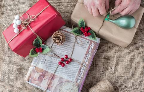 Weihnachtsgeschenke günstig finanzieren: So entflieht man dem Finanzstress