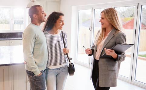 8. Tipp: Professionelles Auftreten bei der Besichtigung